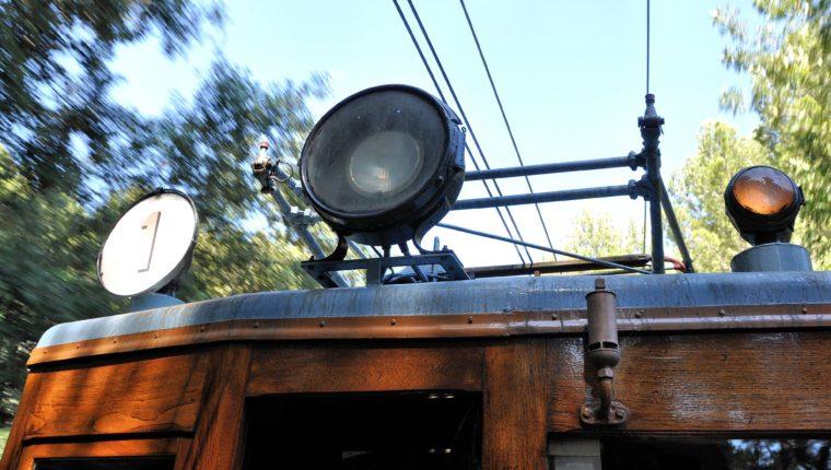 Roter Blitz Straßenbahn Soller
